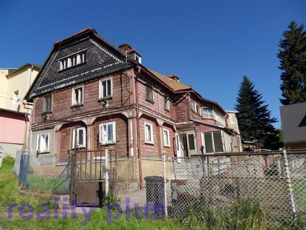 Prodej řadového domu v obci Cvikov