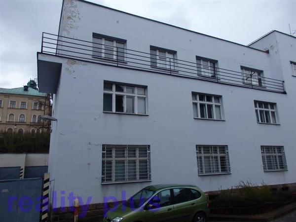 Prodej bytu 2+kk s balkonem, v Semilech, ul. 28. října