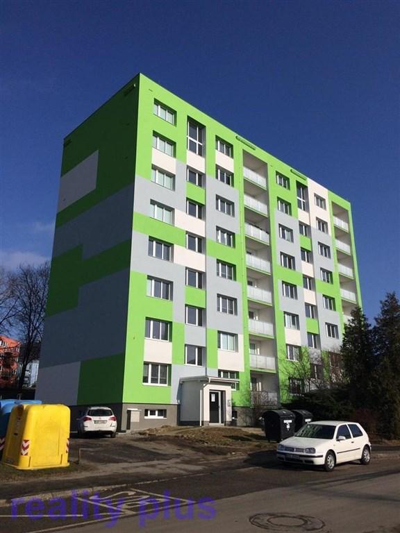 Pronájem bytu 3+1 s lodžií po kompletní rekonstrukci v České Lípě