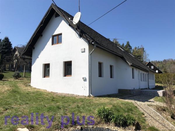 Prodej rodinného domu v obci Smržov