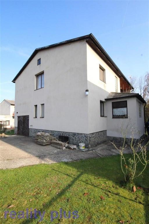 Prodej rodinného domu v ul. Pod přehradou, Praha - Hájek u Uhříněvsi